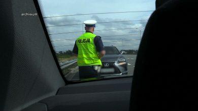 Śląskie: Prokuratura zatrzymała policjantów z drogówki! Plus kogoś, kto miał nawiać ich do przestępstwa