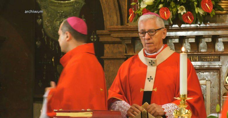 Jałmużna postna księży dla szpitala w Mikołowie. O to zaapelował abp Wiktor Skworc. To nie pierwszy raz, gdy księża pomagają szpitalom.