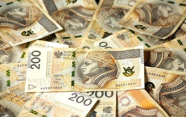 Pożyczka chwilówka od ręki - jakie są warunki uzyskania? (foto: materiał partnera)