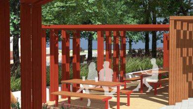 Powstanie też przestrzeń do odpoczynku, która latem będzie pełnić funkcję ozdobionej palmami miejskiej plaży. Odpocząć będzie można także na różnego rodzaju ławkach i siedziskach, a rower przypiąć do bezpiecznego stojaka. [fot. Pracownia 44STO / UM Gliwice]