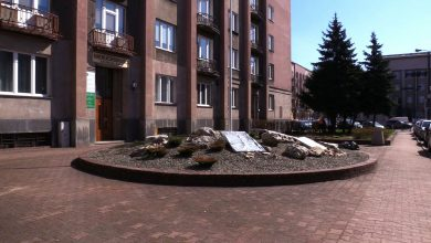 Sosnowiec upamiętnia ofiary katastrofy pod Smoleńskiem. Miasto stawia pamiątkową tablicę
