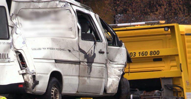 Wypadek sparaliżował DTŚ w Katowicach. Dwie osoby ranne