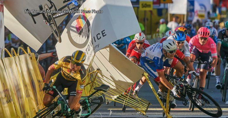 Zdjęcie z wypadku w Katowicach podbija świat! Troje Polaków nagrodzonych na World Press Photo
