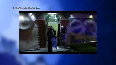 Nielegalna impreza na ponad 60 osób w centrum Jaworzna. Do zdarzenia doszło w sobotę ok. godziny 22:30. Wtedy policja otrzymała informację, że w jednym z klubów odbywa się impreza taneczna