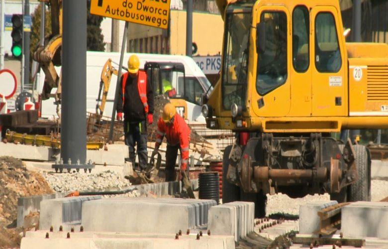 Nasze Strony: Przebudowa infrastruktury tramwajowej w Częstochowie nabiera impetu!