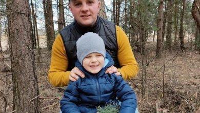 Jego żona i dziecko zginęli w wypadku w Mierzęcicach. Ruszyła zbiórka dla Piotra