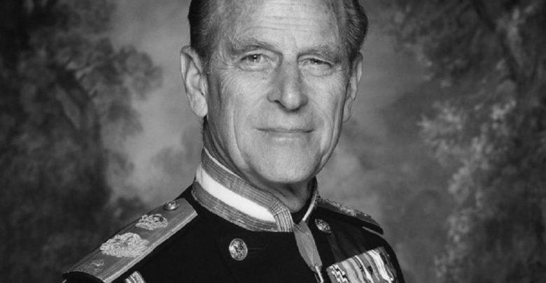 Wielka Brytania w żałobie. Nie żyje Filip, książę Edynburga. Mąż królowej Elżbiety miał 99 lat (The Royal Family/twitter)