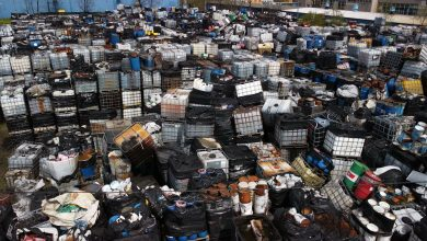 Groźne chemikalia znikają z Mysłowic. Likwidacja nielegalnego składowiska ruszyła!