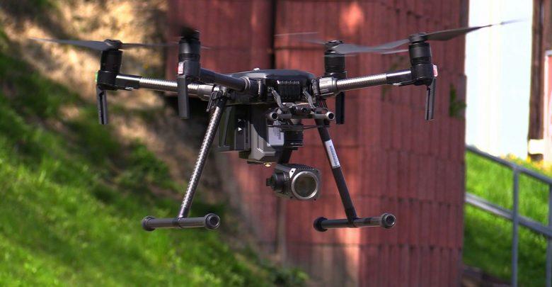 Śląska policja kupiła drona, który będzie latał nad drogami! Drogowi piraci są bez szans