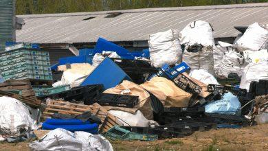 Szokujące odkrycie pod Pszczyną! Skąd tyle śmieci w Studzienicach? Sprawę bada Wojewódzki Inspektorat Ochrony Środowiska