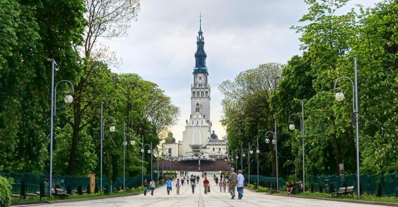 Pielgrzymki podczas stanu epidemii COVID-19 w Polsce. Są wytyczne
