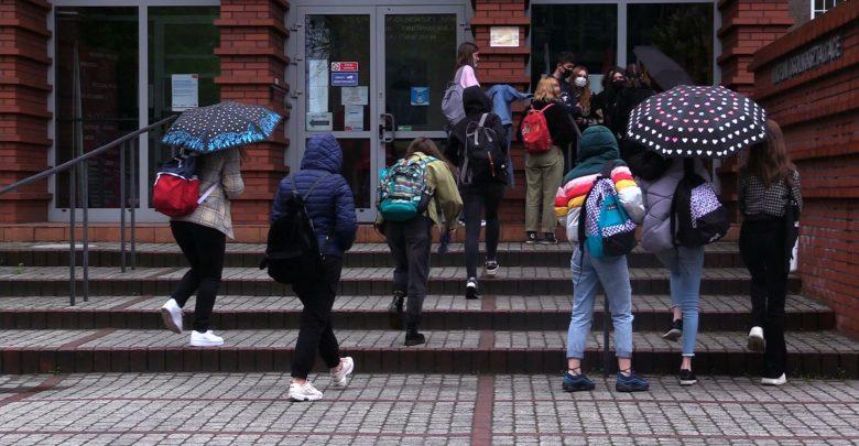 31 maja wszyscy uczniowie wracają do nauki stacjonarnej! Rozporządzenie podpisane