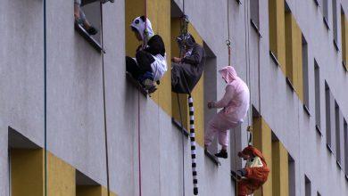 Alpiniści wspinali się do chorych dzieci w Uniwersyteckim Centrum Klinicznym w Katowicach. Po ich uśmiech