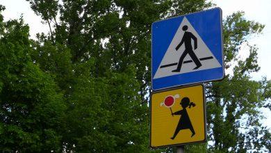 1 czerwca rewolucja na drogach. Piesi z pierwszeństwem, koniec z komórkami i słuchawkami na przejściu