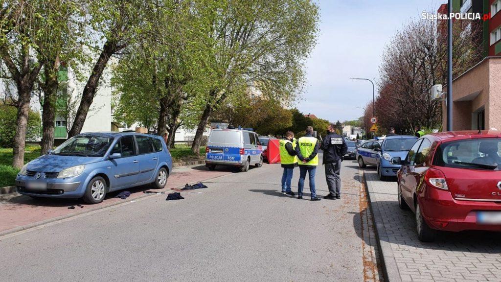 Podczas legitymowania dziwnie zachowującego się mężczyzny zginął dzisiaj policjant. Ta informacja rano obiegła wszystkie media. 43-letni policjant zginął podczas pełnienia służby w Raciborzu (fot.KWP Katowice)
