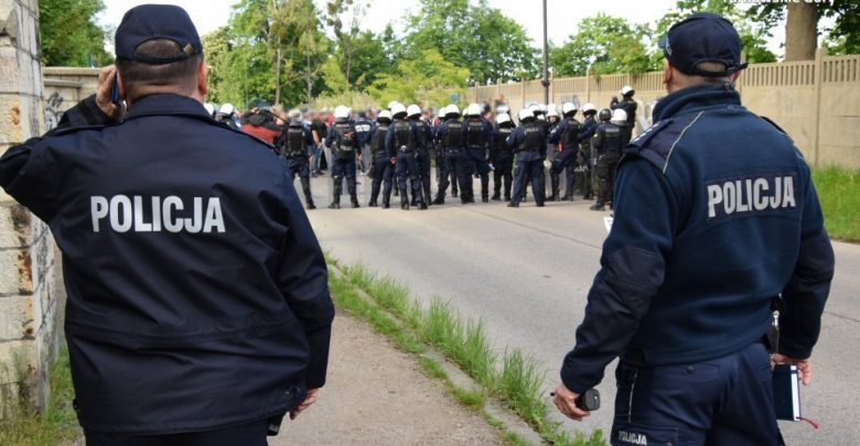 Policja zabezpieczała mecz Gwarka i Ruchu. Obyło się bez kłopotów (fot.policja)