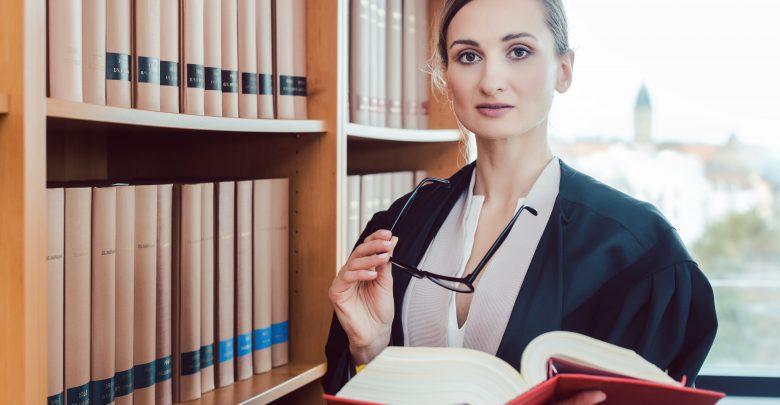 Pomoc prawna - outsourcing czy własny dział prawny? (foto: materiał partnera)