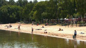 Od dziś w Dąbrowie Górniczej można pływać bezpiecznie. Oficjalnie ruszył sezon nad Pogorią III