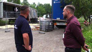 Dziś z ul. Baczyńskiego w Sosnowcu zniknęły toksyczne odpady, które ktoś porzucił w naczepie z francuskimi numerami rejestracyjnymi
