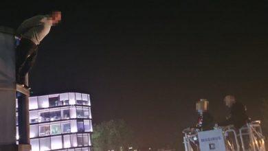 """Przyjechał do Krakowa popełnić samobójstwo? """"Spiderman"""" ze Śląska trafił do szpitala (fot.Policja Małopolska)"""