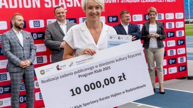 Ponad milion złotych dla śląskich klubów sportowych. Czeki niemal dla wszystkich dyscyplin (fot.slaskie.pl)