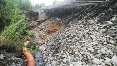 Czerwionka-Leszczyny zalana po burzach, przez podmyte tory wykoleił się pociąg!