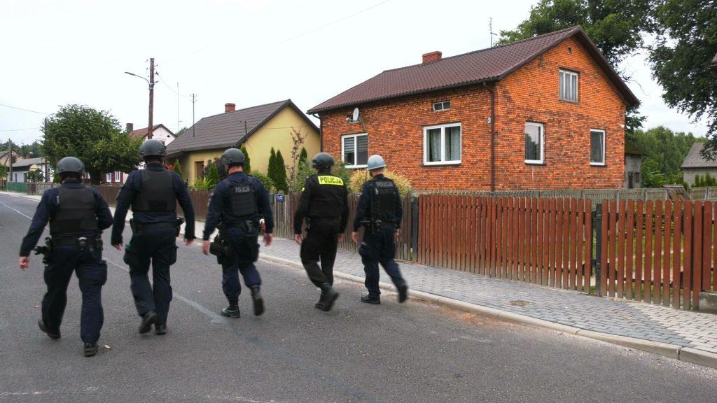 Gdzie jest Jacek Jaworek? Domniemany zabójca rodziny spod Częstochowy zapadł się pod ziemię!