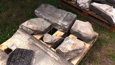 Sensacyjne odkrycie w Sosnowcu. Podczas wymiany ogrodzenia odkryto żydowskie macewy!