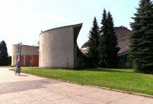 Nowe otoczenie Hali Kapelusz w Parku Śląskim. Kiedy remont samej hali?