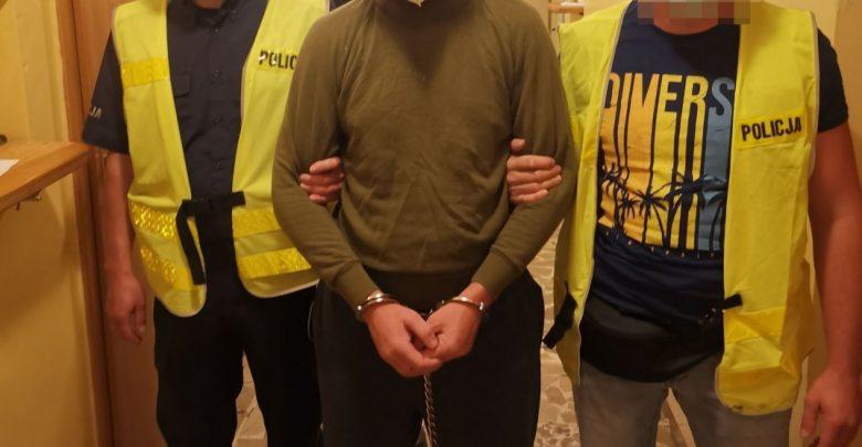 Na widok policjantów udawał nieprzytomnego. 37-latek zatrzymany za zabójstwo byłej żony (fot.Policja Lubelska)