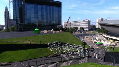 Będą skakać z dachu Międzynarodowego Centrum Kongresowego! Red Bull Roof Ride w Katowicach