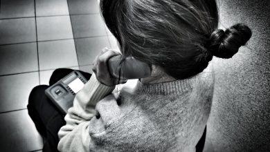 Coraz młodsi dają sięnabrać na telefoniczne historie oszustów. Uważajcie! (fot.KMP Białystok)