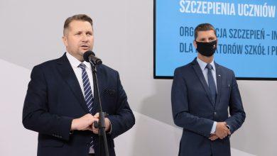 Przemysław Czarnek chce, by młodzież zwiedzała Polskę. Będą dofinansowania do wycieczek szkolnych (fot.MEiN)