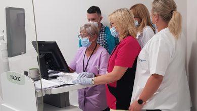W Zakładzie Diagnostyki Obrazowej BCO-SM gabinet z cyfrowym mammografem klasycznym i tym do mammografii spektralnej mieszczą się obok siebie. [fot. Michał Stasicki/BCO-SM]