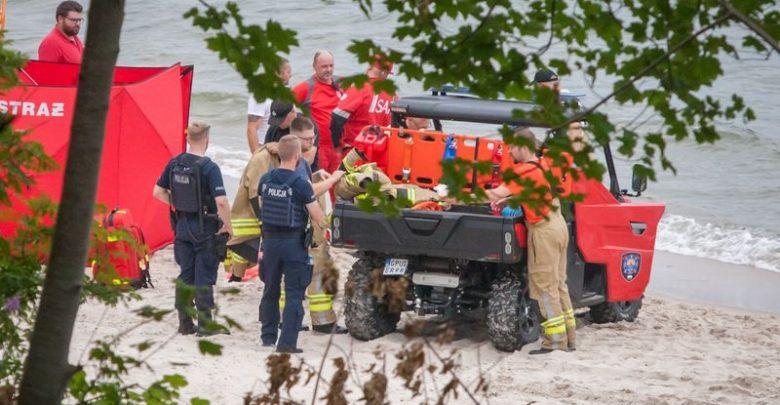 Tragedia nad Bałtykiem. W Rozewiu utonęli ojciec i syn. 50 i 22-latek przyjechali nad morze z Częstochowy (fot.policja)