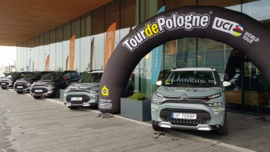 Obsługa Tour de Pologne pojedzie w tym roku Citroenami. Umowa podpisana (fot. Biuro Prasowe Lang Team)