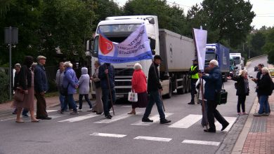 Pod oknami mają dziką autostradę. Mieszkańcy Strzemieszyckiej w Dąbrowie Górniczej chcą protestować do skutku