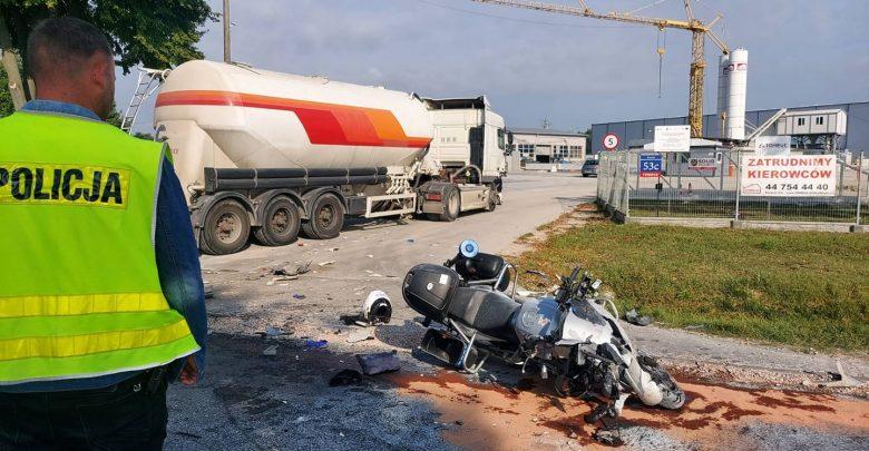 Policjant potrącony przez ciężarówkę potrzebuje pilnie krwi! Każdy może pomóc (fot.policja)