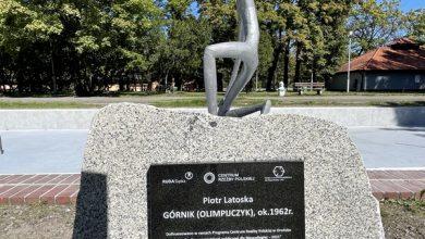 Ruda Śląska: wyremontowano rzeźbę Górnika-Olimpijczyka. Fot. UM Ruda Śląska