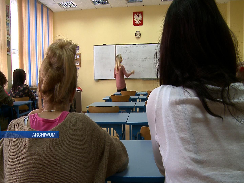 Nauczyciele protestują! Pracownicy oświaty chcą 1000 złotych podwyżki (fot.poglądowe - archiwum)