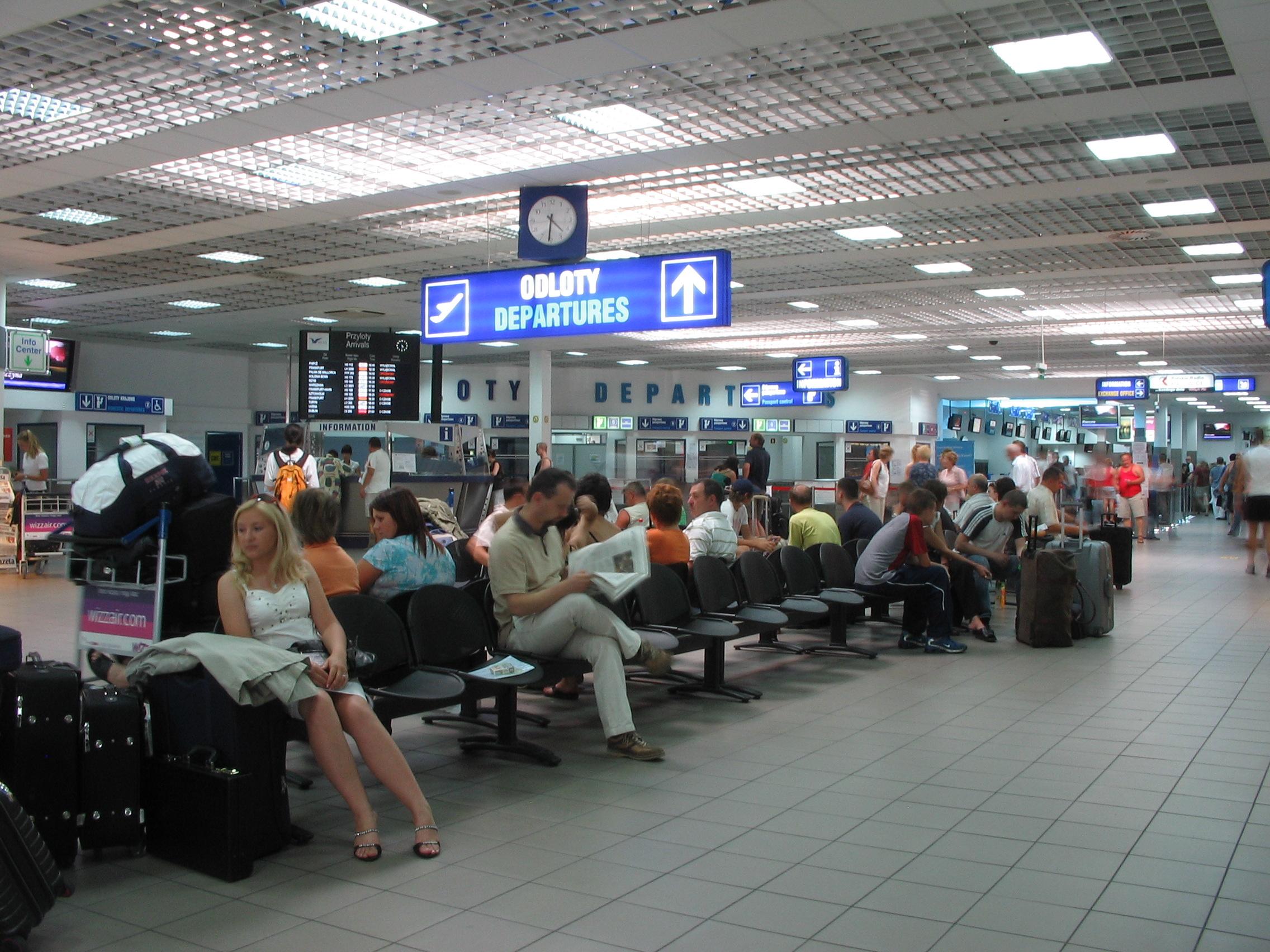 Katowice Airport: służby lotniska monitorują sytuację związaną z koronawirusem