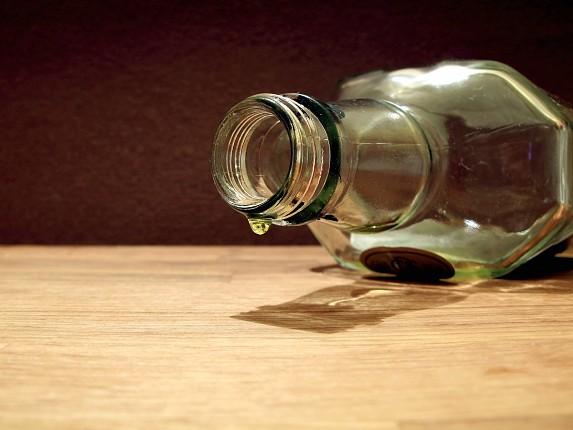 Jak się okazało 25-latka prowadziła mając 2,5 promila alkoholu w organizmie. Teraz o jej losie zadecyduje sąd. Kobieta utraciła już prawo jazdy. Grozi jej kara do 2 lat więzienia